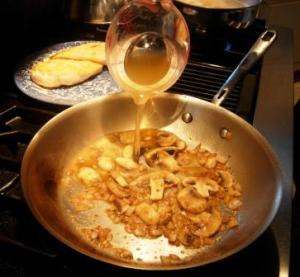 chicken_marsala-07w_oqnq